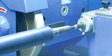 Brušenje valjev primer stroja