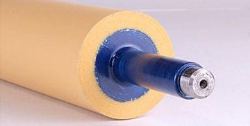 Obnova gumiranih valjev v rumeno-modri barvi